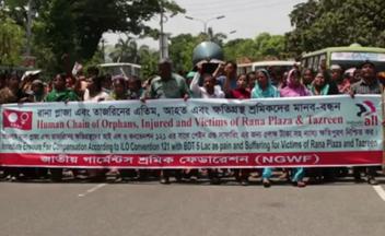 Protest der National Garment Workers Federation in Bangladesch für eine Entschädigung der Opfer des Einsturzes des Rana-Plaza-Gebäudekomplexes, in dem viele westliche Firmen produzieren ließen
